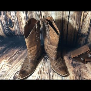 Ariat Shoes - Ariat bling leather boots zsize 6.5